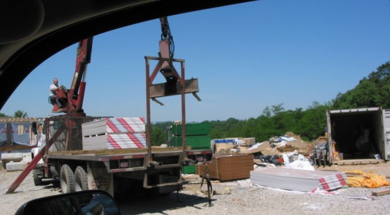 Drywall_Crane_Workers