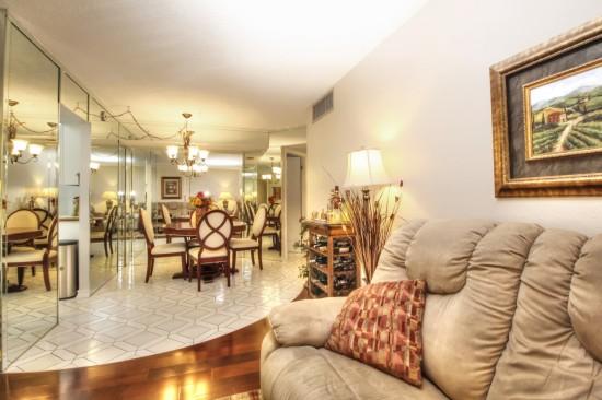 9360 Lime Bay 211 Living Room